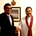 High Commissioner Omar congratulates Prime Minister Mahinda Rajapaksa